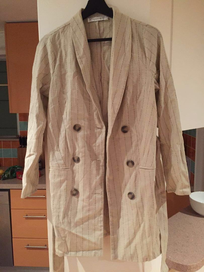Size 8 Brand new- bought from the iconic Funky blazer dress