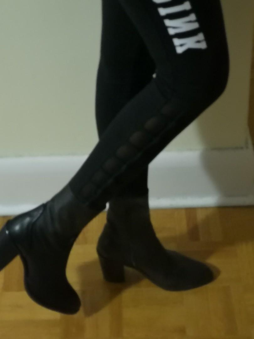 Sleek leather ankle boots slim fit worn a few times
