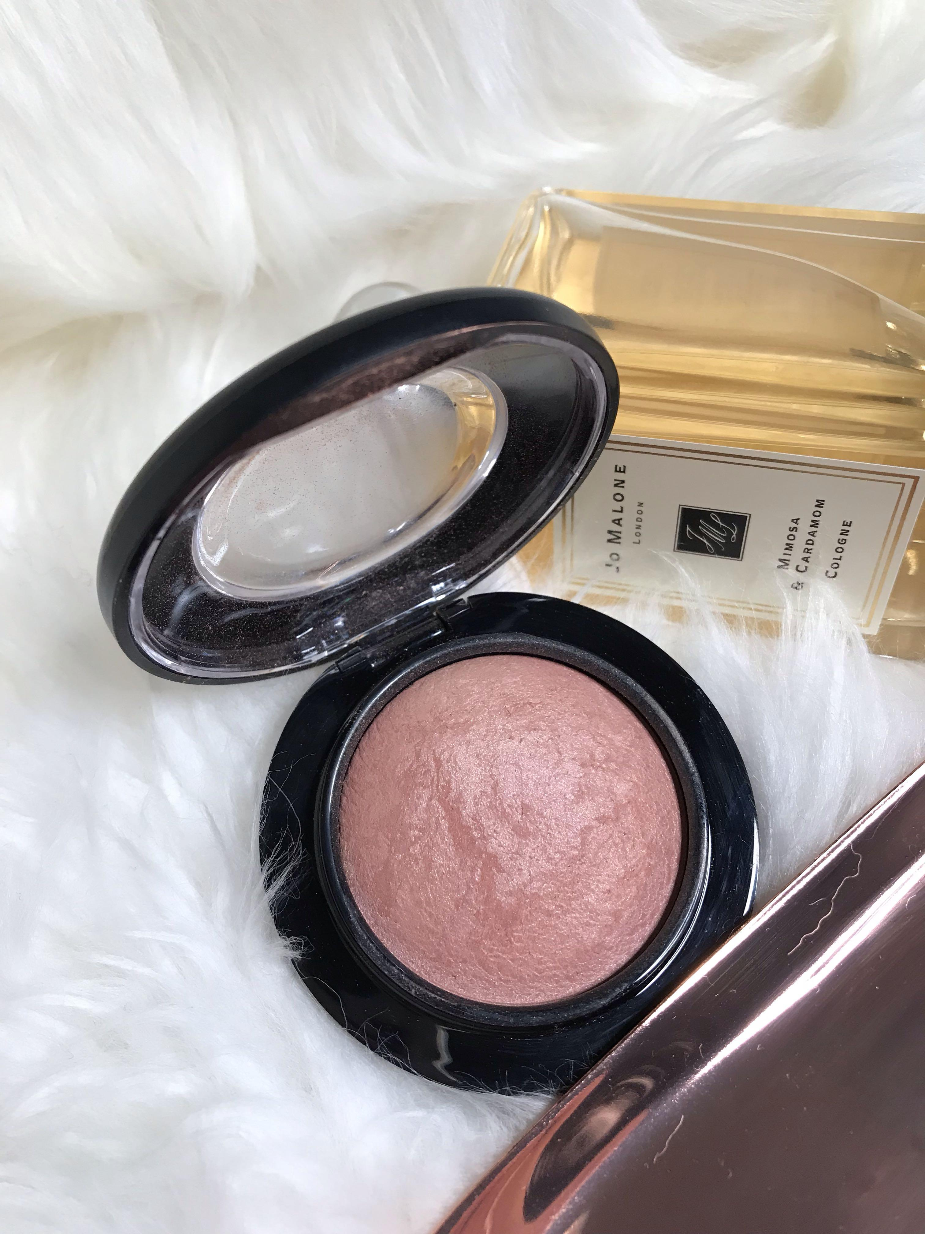 Used once MAC mineralise blush in warm soul RRP$47