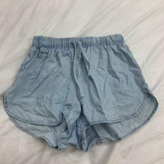 🚀CLEARANCE PRICE factorie light denim drawstring runner shorts
