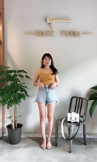 黃色棉質背心加短褲