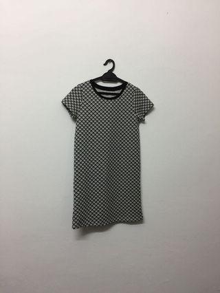 Patterned t shirt dress