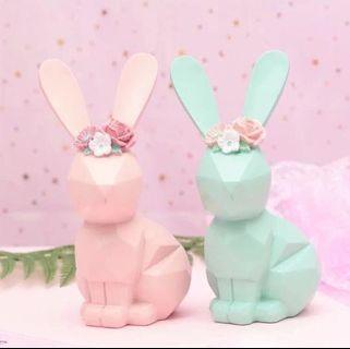 限量 現貨🐰🐰粉紅粉藍陶瓷兔子復活節 餐廳豪宅居家房間 飾物裝飾 結婚公仔 婚禮情侶小禮物   (一隻 ) PINK BLUE RABBIT FLOWER EASTER ACCESSORY HOME Room GIRL WEDDING DECORATION GIFT