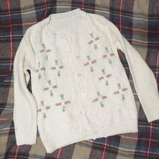 米白色刺繡針織外套