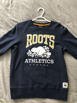 Size M Roots Crewneck Sweater