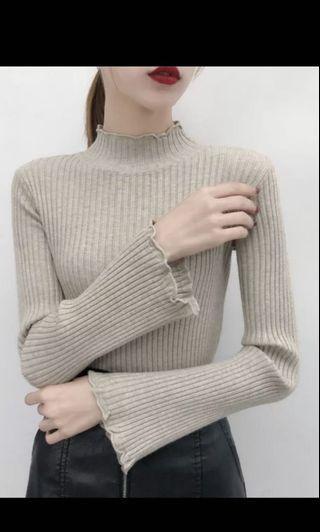 🚚 高領喇叭袖毛衣