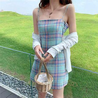 [PO] strap gingham dress with white outerwear set