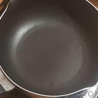 Meyer 4QT/3.8L Black Induction Compatible Nonstick Frying Pan with Glass Lid
