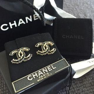 Chanel Limited Edition CC Earring