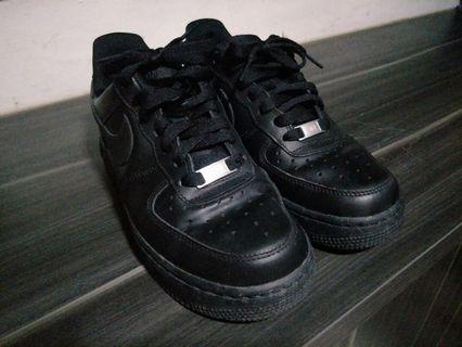 🚚 Authentic Nike Air Force 1