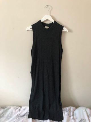 aritzia Wilfred sleeveless sweater size s