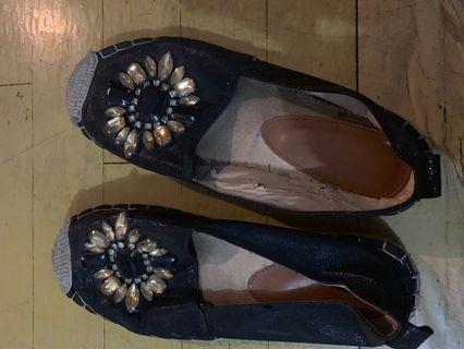 Noche shoes
