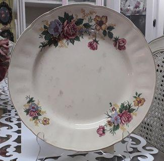 Colonial Crown & Flag Dinner Plate