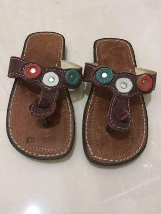 #mauvivo Sandal Anak Bali