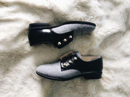 Nine West Black/Grey Oxfords