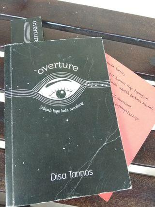 Novel Overture Sebuah Lagu Kala Mendung Karya Disa Tannos