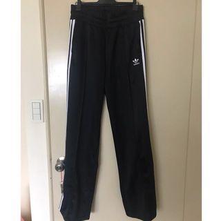 🚚 Adidas長腿微落地運動褲
