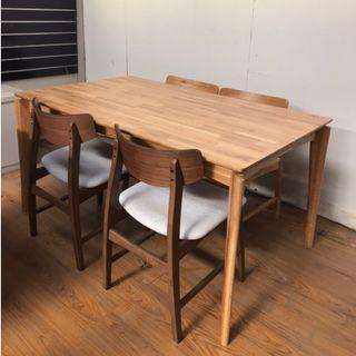 SELLING BRAND NEW JUNNY DINING SET IN WALNUT!
