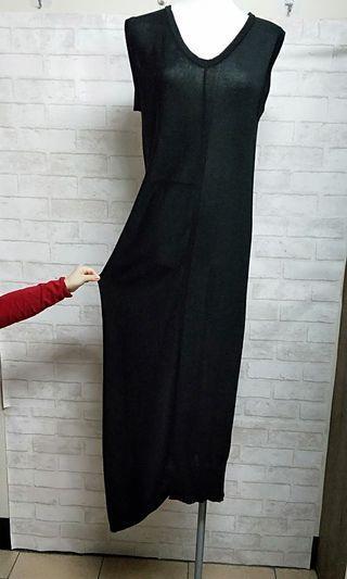 🚚 全新。不對稱造型質感背心洋裝