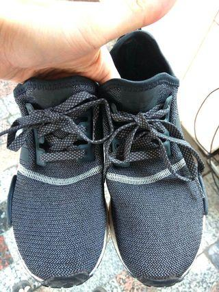 🚚 US5 正品 adidas NMD 超輕量 愛迪達 運動鞋 慢跑鞋