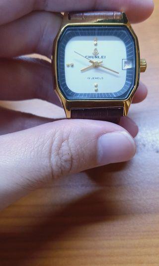 復古手動上鍊手錶