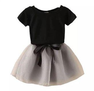 Girls tee and skirt set for age 2-5 yrs old