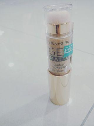 Foundation Shade 04-TAN