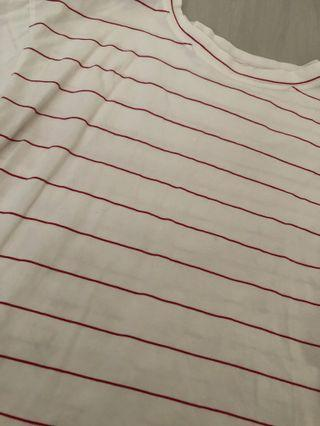 White tee with red stripes