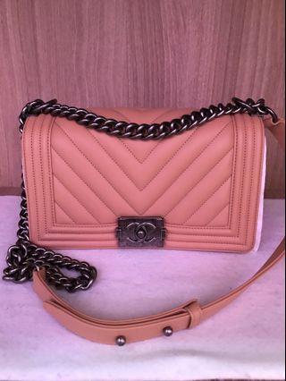 Chanel Boy Chevron medium full set with Boutique Receipt