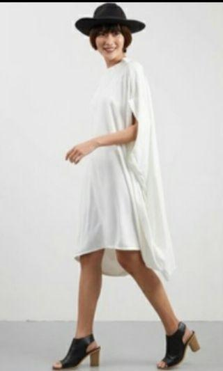 Berrybenka Batwing oversized dress / maternity dres