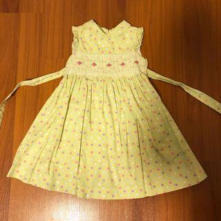 🚚 Laura Ashley Smocked Girl's Dress