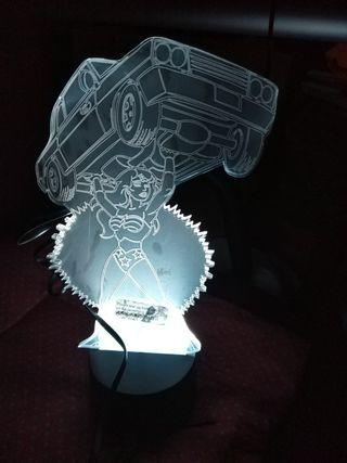 3D WONDERWOMAN LIFTING CAR LED 7 colour light note plastic shield on both side not removed,will be nicer if removed