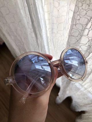Sunglasses blue bulet
