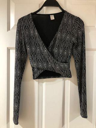 H&M glittery cropped tip size S