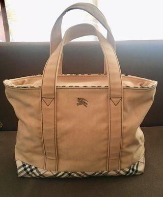 Authentic BURBERRY handbag super rare and vintage