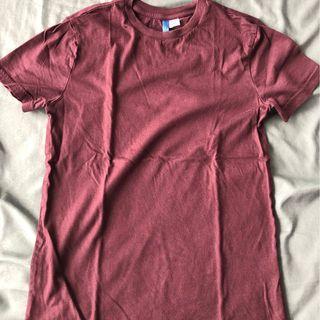 Kaos Burgundy H&M size XS mulus