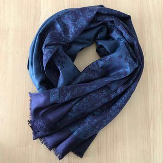 🚚 Reversible navy blue cashmere floral shawl/scarf