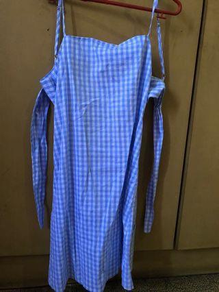Square ribbon dress