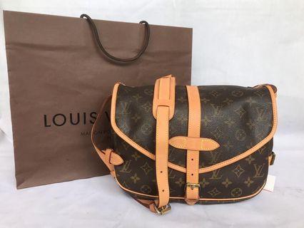 Authentic Lousi Vuitton Saumur 30 Shoulder Bag