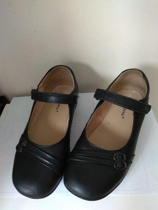 Dr Kong 女童返學鞋 size 32
