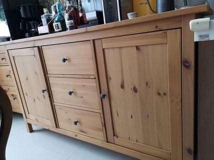 brown wooden cabinet 原木杯櫃/書櫃