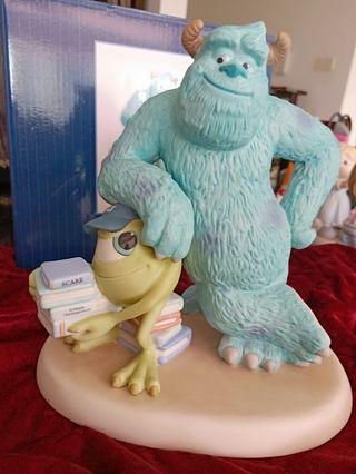 Precious Moments Figurine Disney show case
