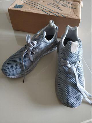 SPORT Shoes size 40 UK 6
