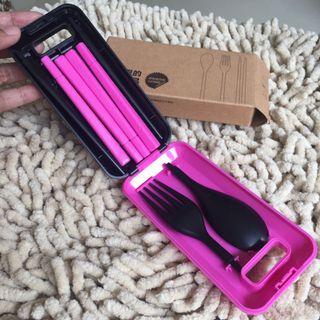 NEW Travel kit size alat makan rakitan