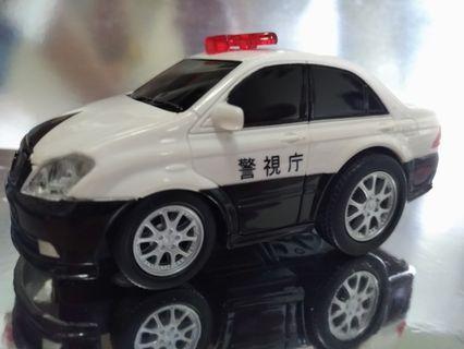 豐田 Crown 日本警視廳警車 (長10cm)