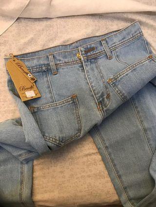 Celana jeans boyfriend (light blue) ukuran 30
