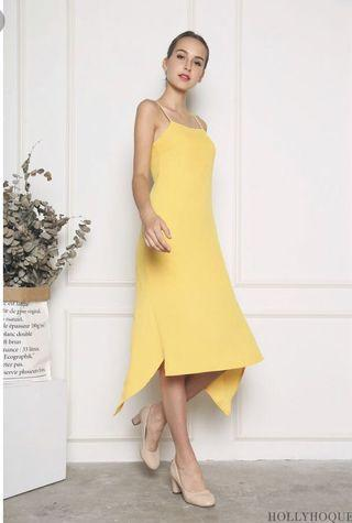 🚚 Hollyhoque Aylia Scarf Hem Dress