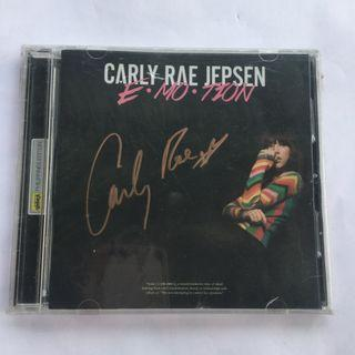 (rare) SIGNED Carly Rae Jepsen Emotion Deluxe - Free shipping/meetup