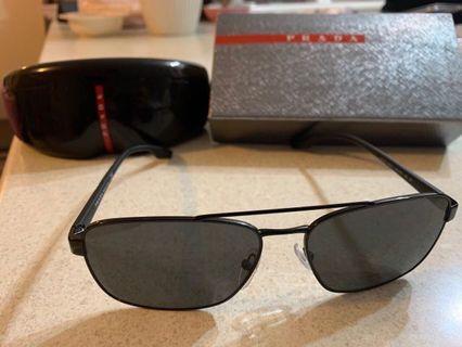 Prada sunglasses - 100% authentic