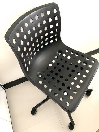 IKEA SKÅLBERG / SPORREN Swivel chair, black @sunwalker